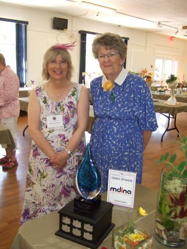 Heather presented Jane with the Janet Piers Award for the best arrangement incorporating water.